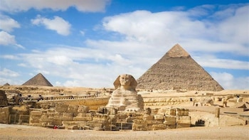 Private Day Tour to Pyramids, Saqqara, Memphis, Dahshur