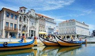 Private Tour to Aveiro (Little Venice) Boat tour & Lunch
