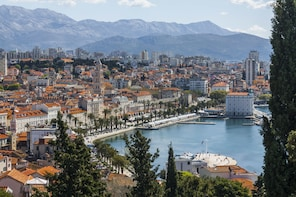 Split, Trogir & Fort Klis Tour from Dubrovnik by Vidokrug
