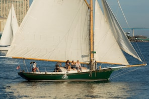 Small Group Afternoon Tour on Classic Sailing boat