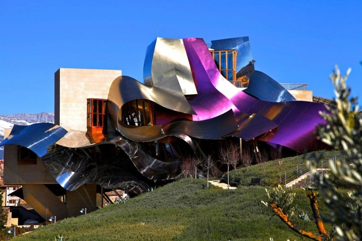 Wine Tour and Tasting at Bodegas del Marqués de Riscal