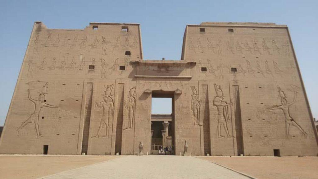 Private Overnight trip - Abu Simbel, Edfu, Kom Ombo & Aswan