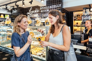 Private Favourite Food Tour with 10 Tastings in Naples