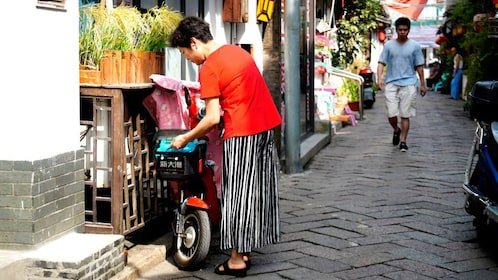 Locals walking the streets in Fengjing