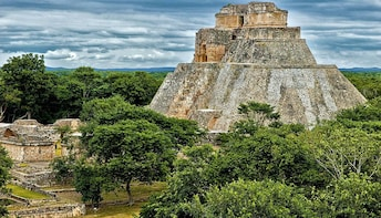 6 days and 5 nights on mayan places from Chiapas to Yucatan