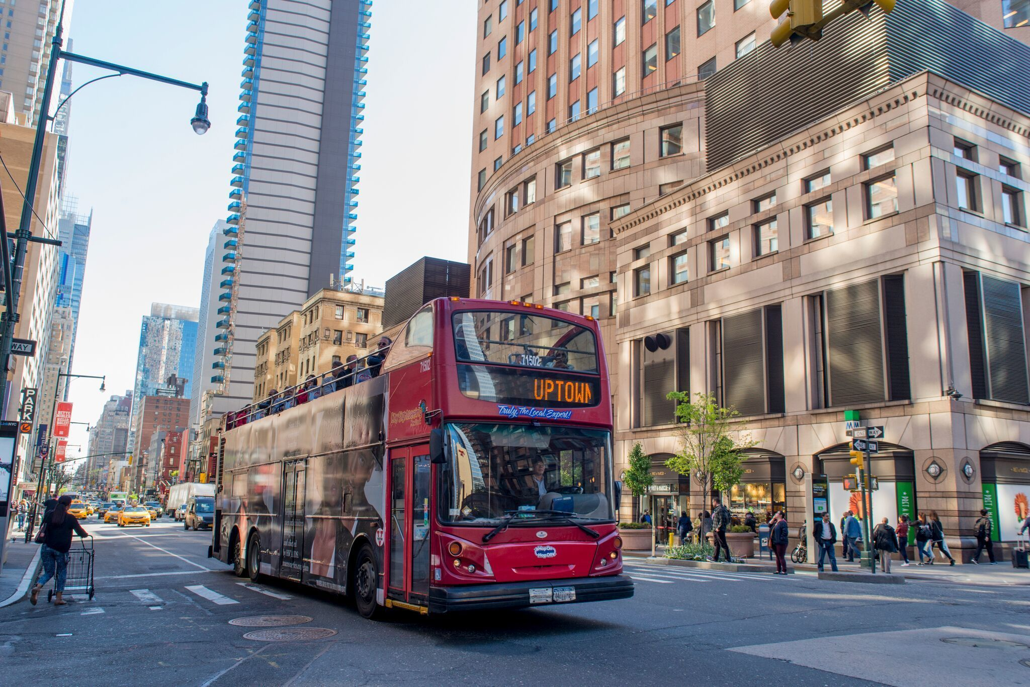 New York Hop On Hop Off Bus Tour and Attraction Entry