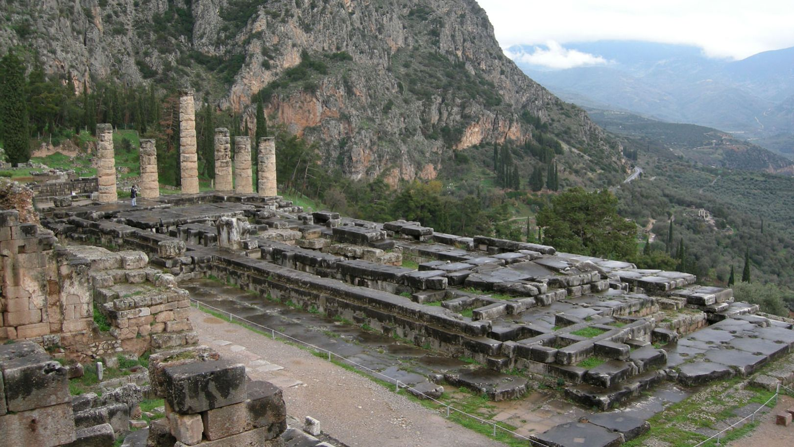 Delphi Day Trip with Arachova