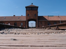 Auschwitz Birkenau Museum Guided Tour from Krakow