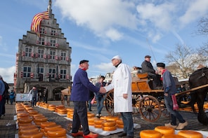 Half day Cheese Market tour Gouda or Alkmaar from Amsterdam