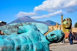 Pompeii & Mount Vesuvius from Naples - Low cost