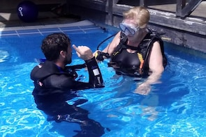 3-hour Scuba Diving Experience for beginners in Los Cancajos