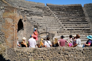 From Positano: Skip-the-line Pompeii & Vesuvius Guided Tour