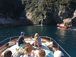 Positano & Amalfi small group tour by boat