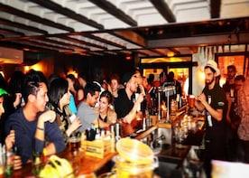 Fun bar hopping experience in Nice