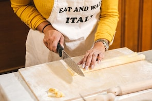 Fettuccine Making & delicious meal in the heart of Rome