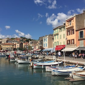 Day view of Cassis port