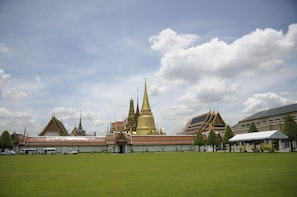 Bangkok Private 8-Hour Customised Tour with Driver