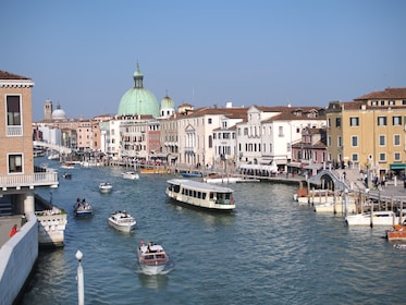 Day view of the Venice Canal