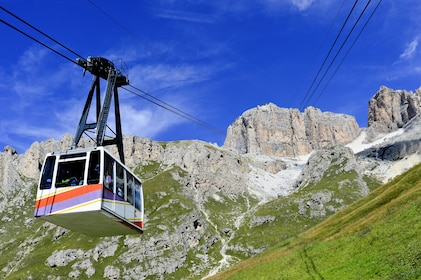 Close day view of a cable car in Moena