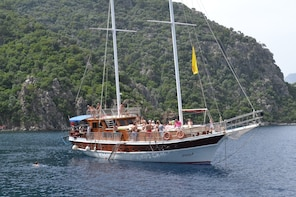 Full Day Adult Only Boat Cruise in Marmaris
