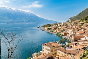 Lake Garda full-day guided tour!
