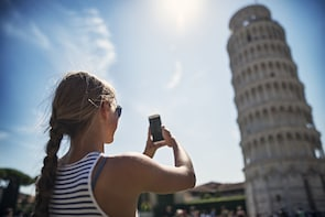 Day Trip from Florence to Pisa: Leaning Tower & Winery Lunch