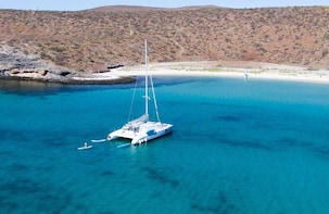 All-Inclusive Sailing, Snorkeling Remote Beaches & Sea Lions