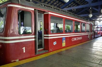 03 Trem do Corcovado.jpg