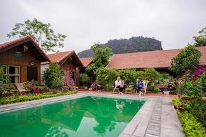 2-days Hoa Lu, Tam Coc, Bai Dinh, & Trang An