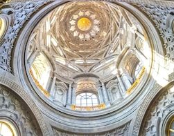 Turin Royal Palace small group tour with Holy Shroud Chapel