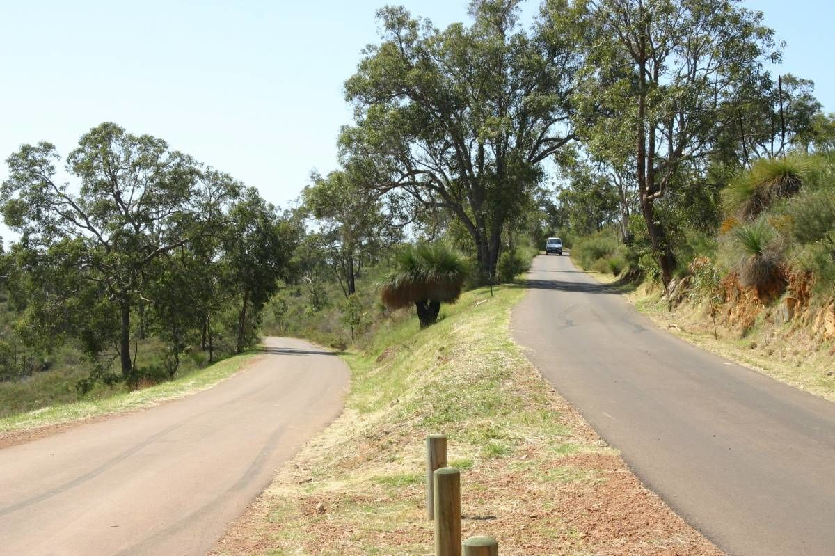 Fruit Orchard, Zig Zag, Swan Valley Wines & Wildlife Park