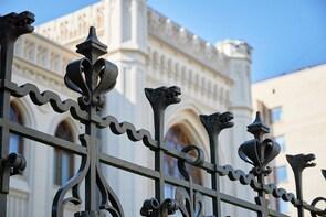 Patriarch Ponds Walk - Moscow Art Nouveau private tour
