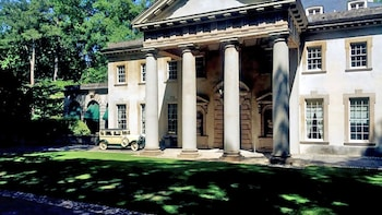 Private Atlanta Historical Homes Tour