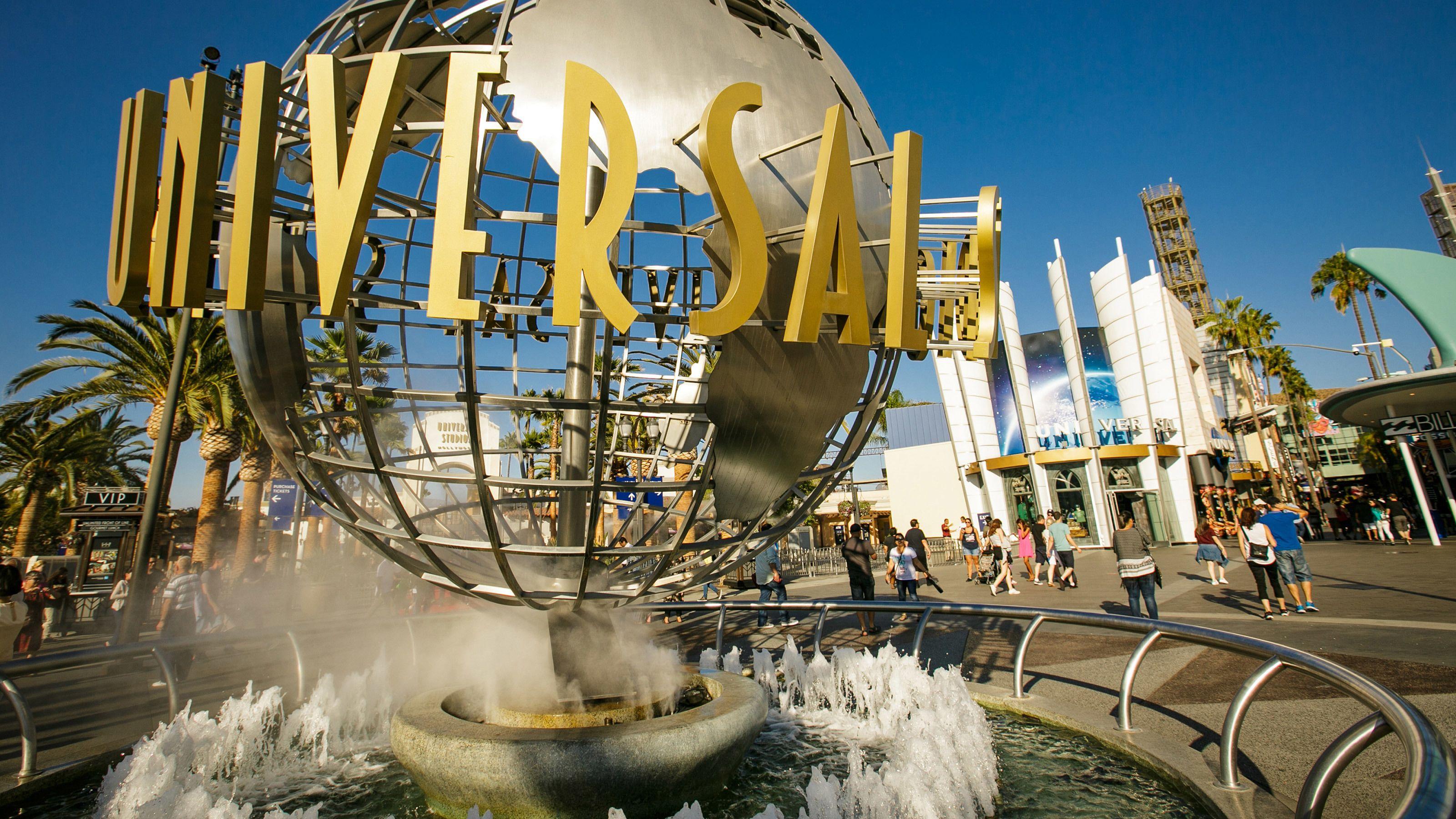 Universal Studios Hollywood, N-Peak Admission & RT Transfer