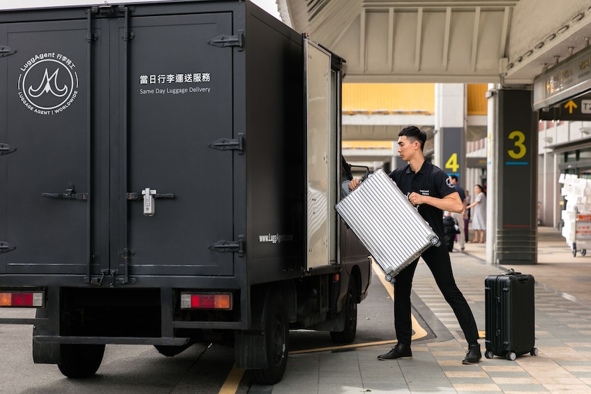 Dusseldorf Airport Same Day Luggage Services