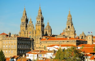 Minho Tour: Braga and Guimarães - Full day - Shared Group