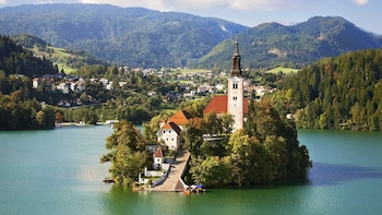 Lake Bled- Small Group Shore Experience from Koper