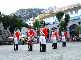 Gibraltar City Tour and Shopping from Algarve