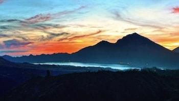 Mt. Batur Volcano Sunrise Trekking in Bali