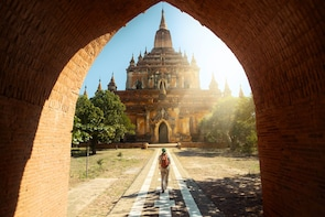 Discover Bagan