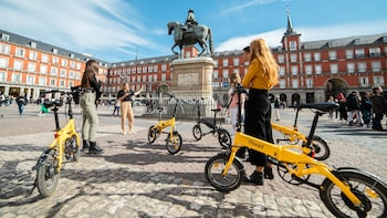 Madrid eBike Explorer Old Town Express Tour