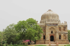 Delhi Sightseeing Tour by Private Car
