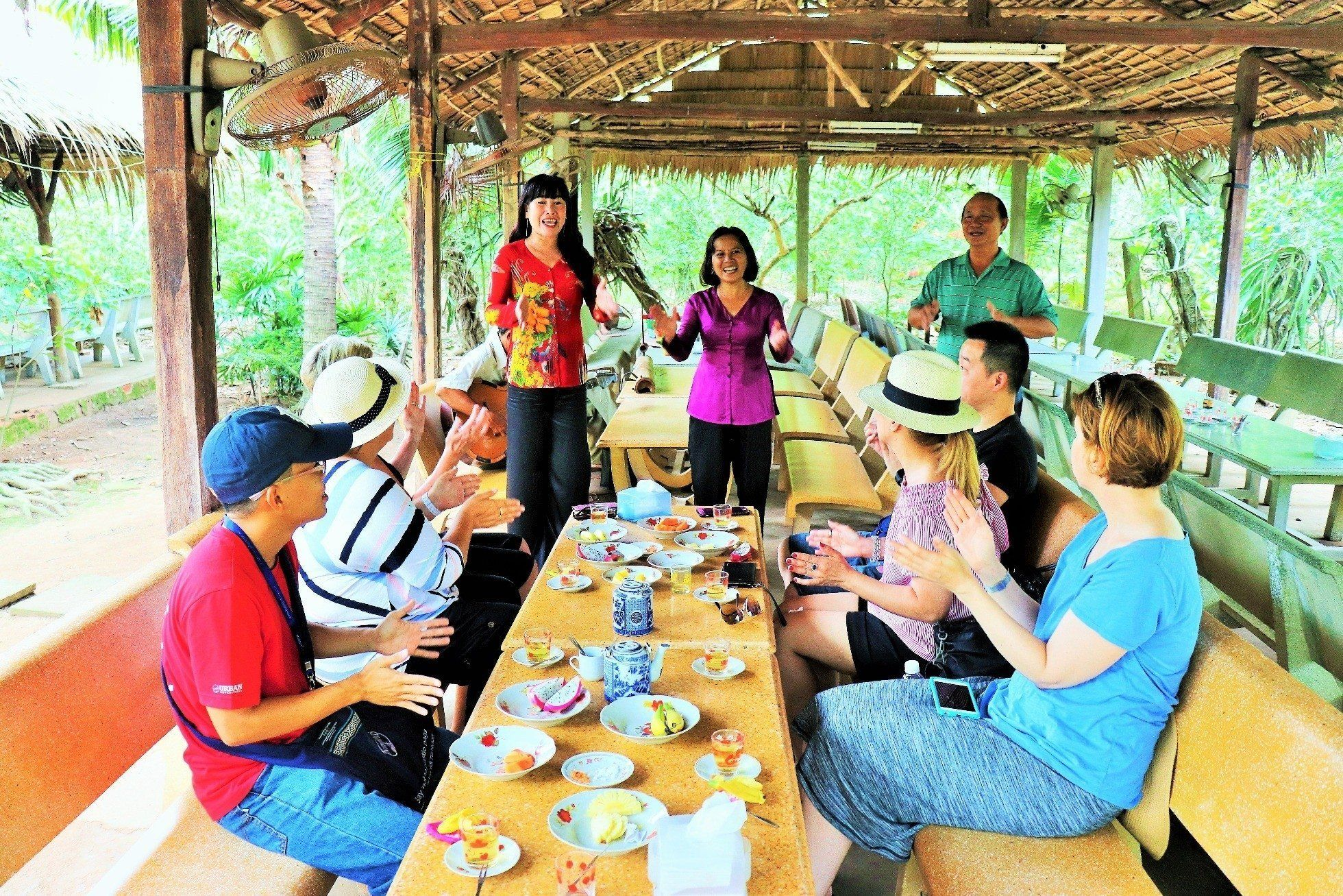 Insight Mekong Delta day group tour