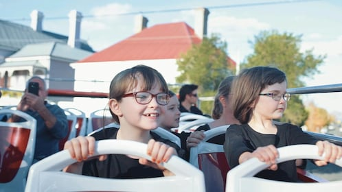 Hobart Hop-On Hop-Off Sightseeing Tour
