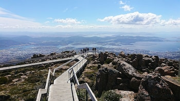 Hobart Hop-On Hop-Off Bus & kunanyi/Mt Wellington Tour