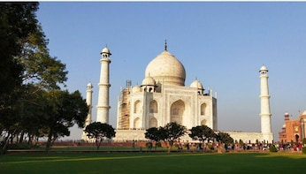 Same Day Taj Mahal - Agra Fort Tour From Delhi All included