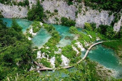 Plitvice Lakes..jpg