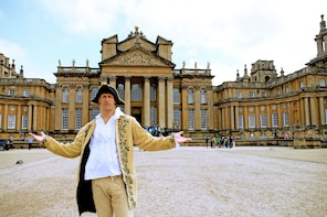 Blenheim Palace Guided Tour (with transport from Oxford)