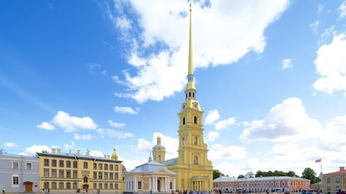 102823-Peter-And-Paul-Fortress-Petropavlovskaya-Krepost.jpg