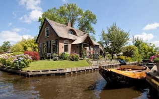 "Private Giethoorn the Dutch Venice & ""The North"""